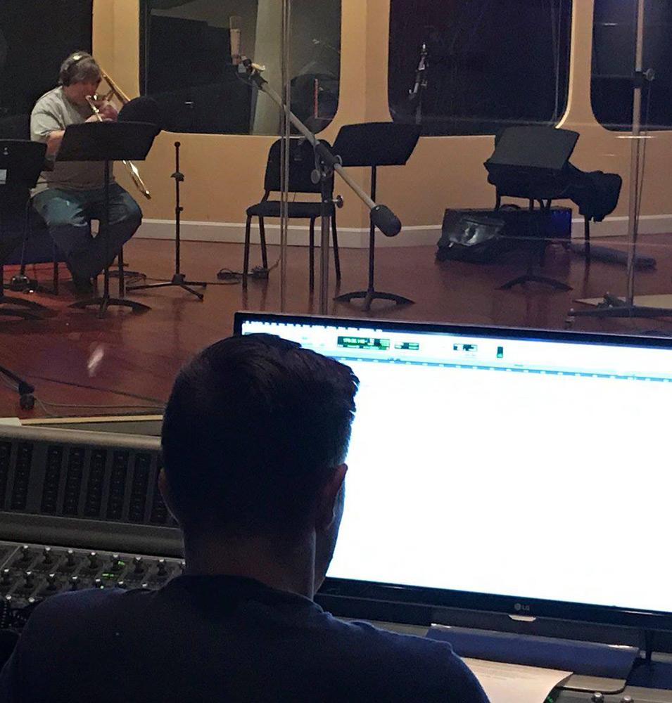Paul recording low brass par Brahms prologue Shadows